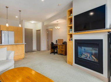 203 69 Springborough Court SW (10)