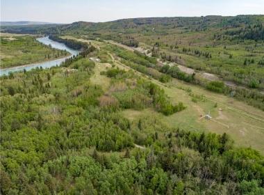 Cochrane Land (10)