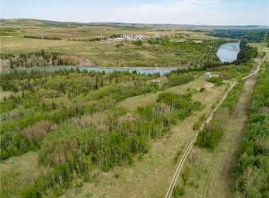Cochrane Land (12)